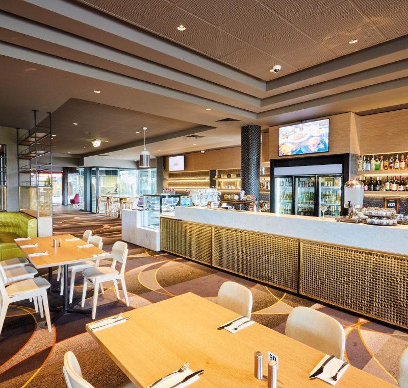Ivanhoe-Hotel-Bistro-Bar